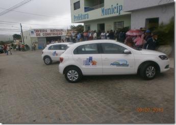 Secretária de Saúde de Paranatama recebe dois carros novos