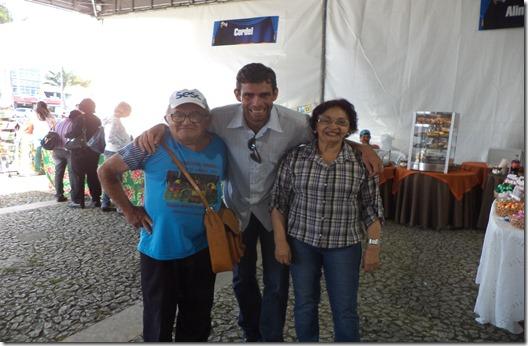 Escritor Junior Pereira participa de festival literário em Garanhuns. Agreste news revista.