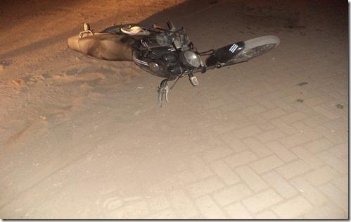 Paranatama: Acidente de moto próximo ao campo por pouco não aconteceu uma tragédia. Agreste News Revista.